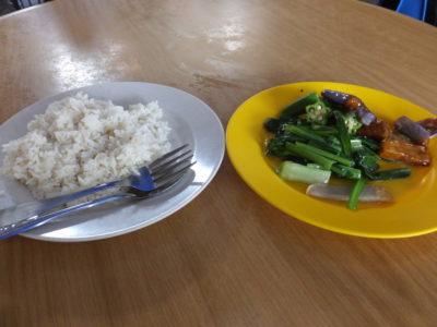 2014.2.11 昼 ごはんと野菜いため RM6.5