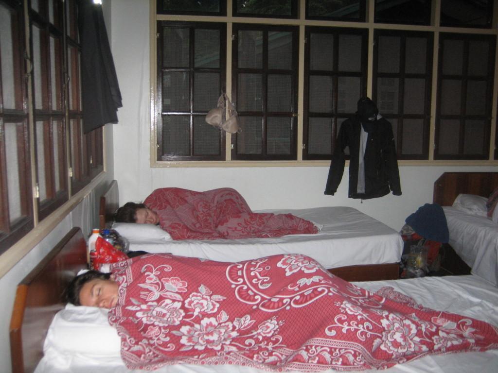 大部屋タイプのホステル   2012.7.26 グヌン・ムル国立公園