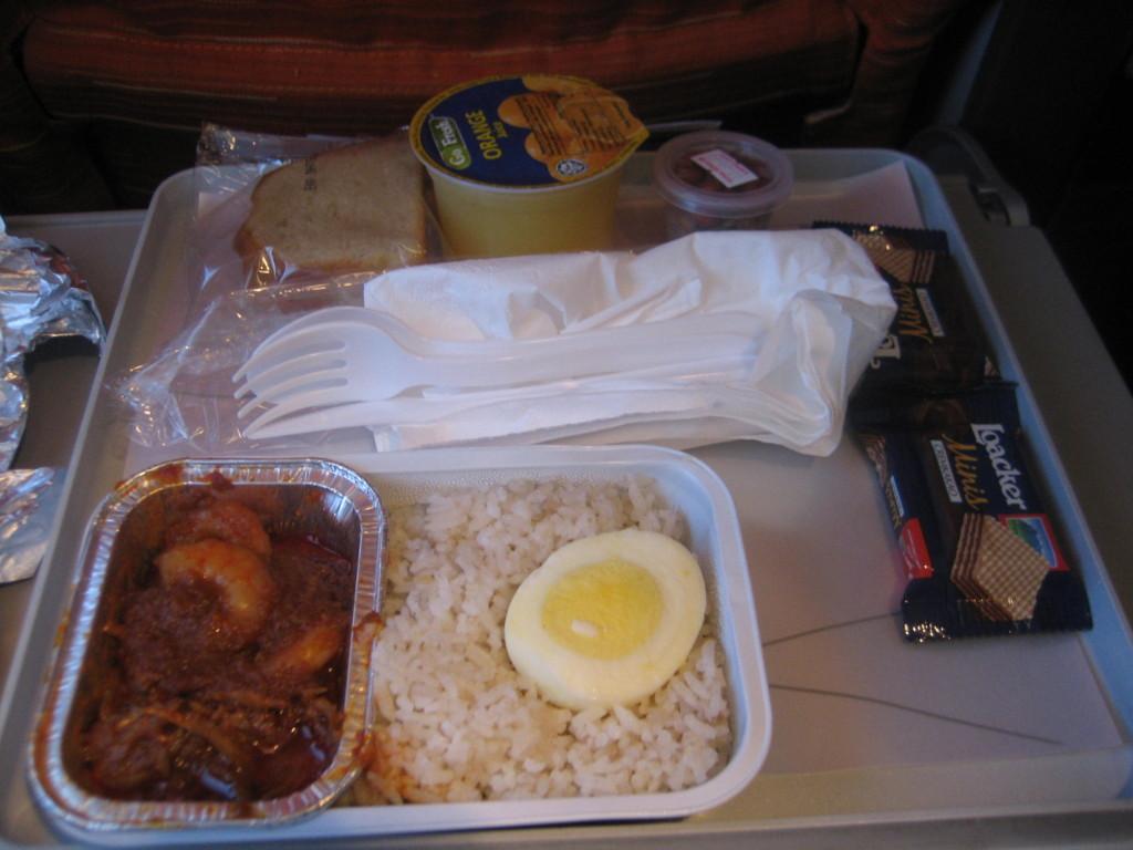 マレーシア航空の機内食 2013.1.16 クアラルンプール⇒コタキナバル 昼