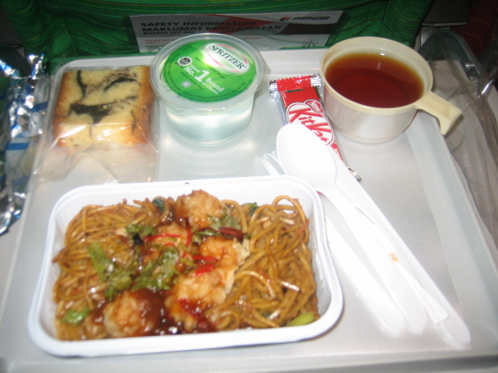 マレーシア航空の機内食  2013.1.18 夕食 クアラルンプール⇒成田