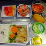 マレーシア航空 クアラルンプール発成田行き直行便の機内食 朝食のおかずめちゃしょっぱい  2017.7.6