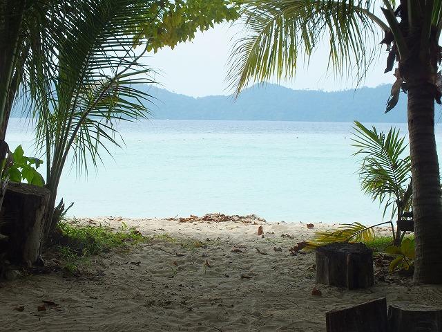 マムテック島の海