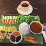 マレーシアの世界遺産,グヌン・ムル国立公園  その4  公園内の食事について