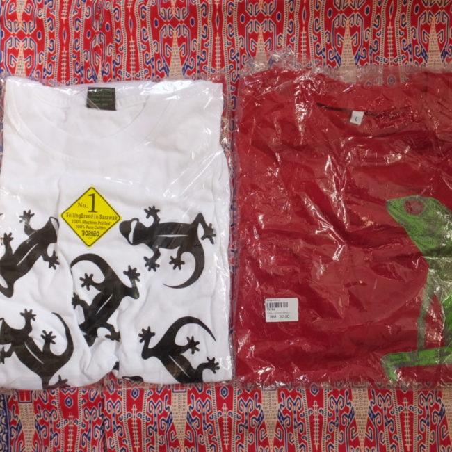 ヤモリのTシャツ